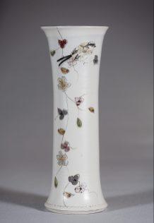Vase diabolo oiseau G.Noron