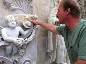 Ivan Myjer describes colonial angel.