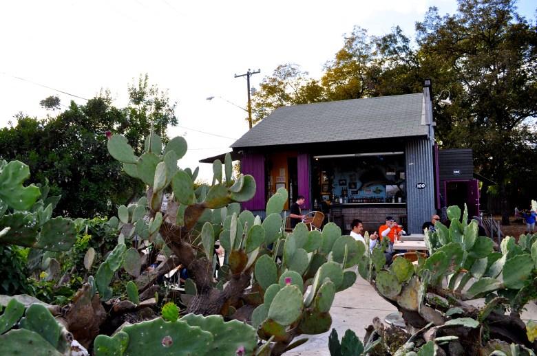 La Tuna Ice House in Southtown, San Antonio. Photo by Iris Dimmick.