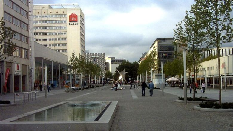 "This pedestrian street, Prager Straße, connects Dresden Central Station with Altmarkt (""old market"") Square."