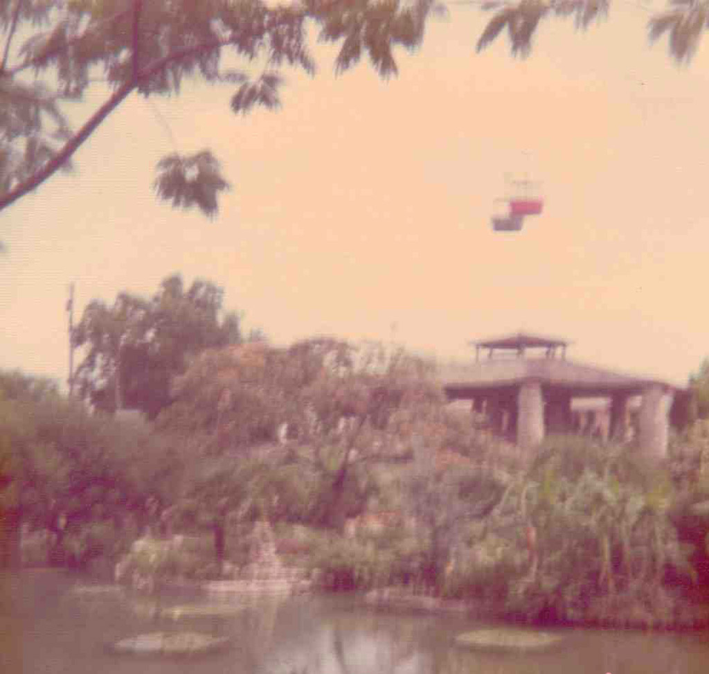 These are the sky ride gondolas that used to soar above the Japanese Tea Garden. I apologize for the blurriness of the photo; that's what happens when you use a camera with 126 cassette film.