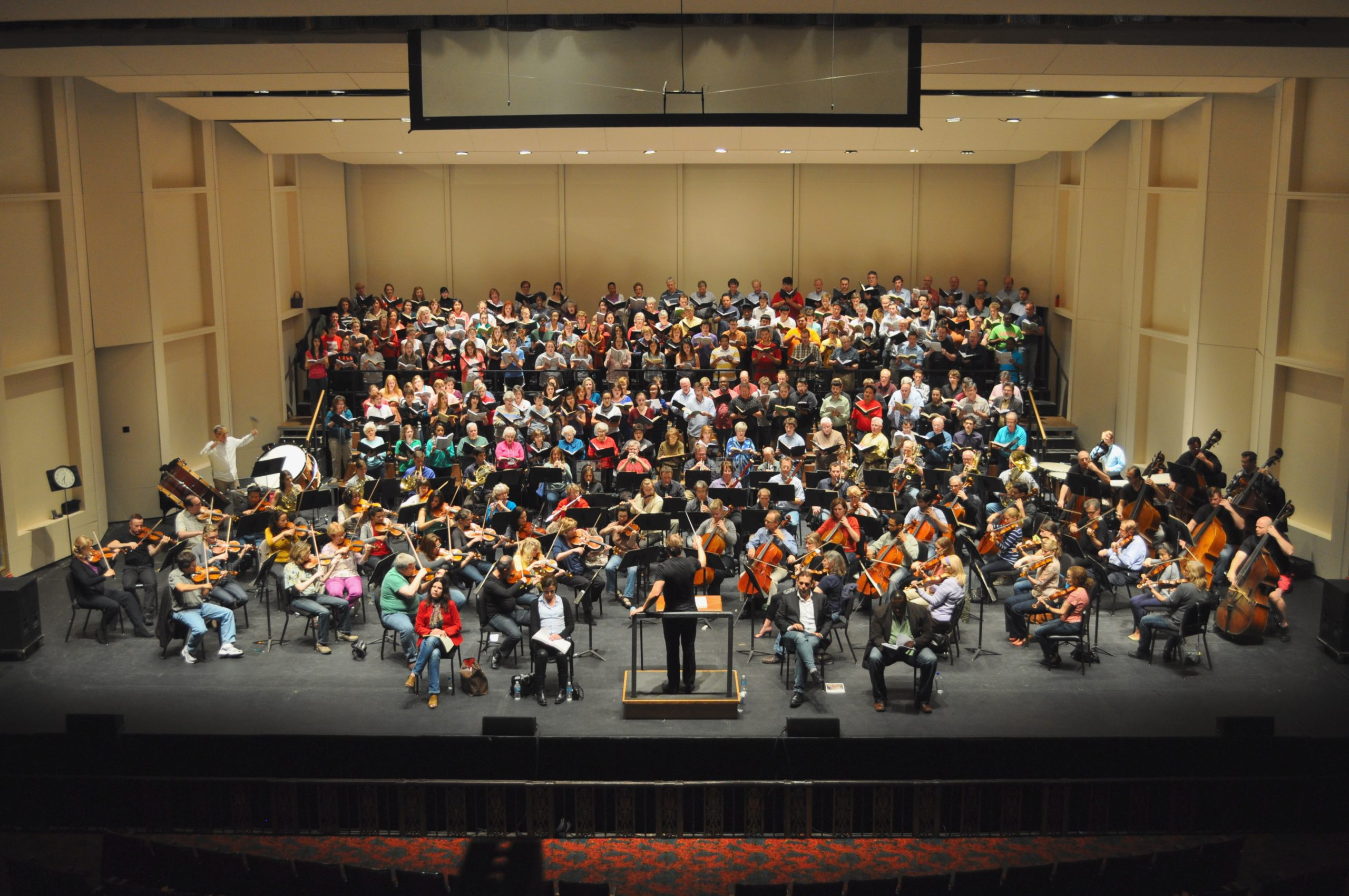 Rehearsal night at The Majestic Theatre with the San Antonio Symphony, four operatic soloists and 210 Singers made up of the San Antonio Mastersingers, UTSA Concert Choir and the Trinity University Choir. Photo by Iris Dimmick.