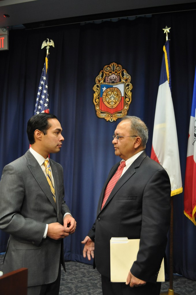 Mayor Julián Castro talks with InCube Chairman and CEO Mir Imran after a press conference announcing two new biomedical startup companies, the result of an investment partnership, a private-public enterprise that includes the City of San Antonio among its investment partners. Photo by Iris Dimmick.