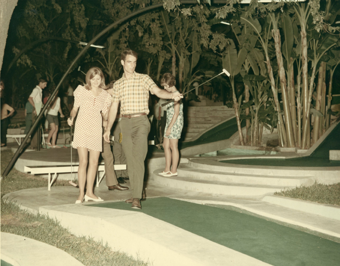 A couple, names unknown, play through the course at Cool Crest circa 1970s. Courtesy of the Metzger Estate.