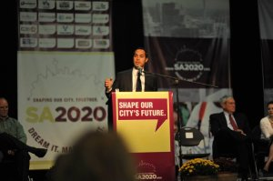 Mayor Julian Castro leads the planning process on September 25, 2010. Photo courtesy of SA2020.