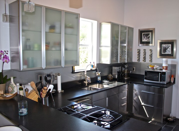 A clean, well designed kitchen  can help you be more efficient.