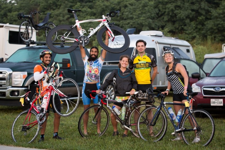 Members Rama Chavali, Aari Laftipoor, Lauren Deal, Marc Toppel, and Erin McCaw prepare for a hundred plus mile day. Photo by TJ Kent.