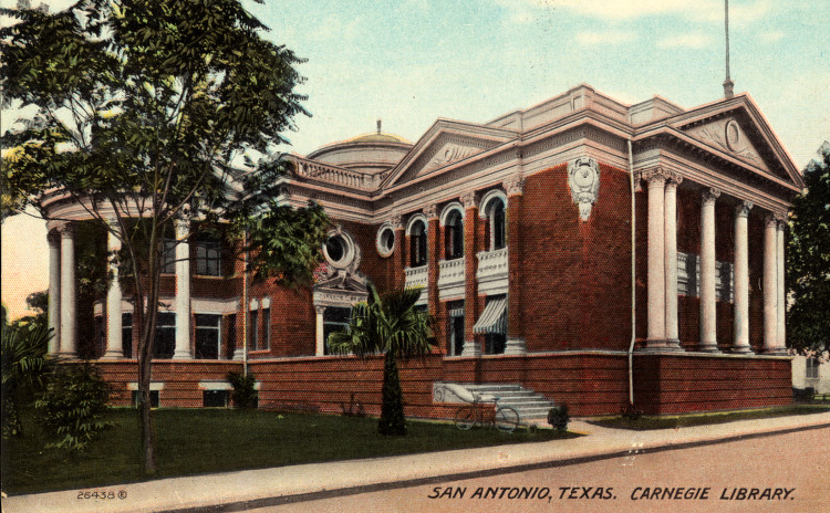 A post card image of the Carnegie Library dated 1900-1924. Courtesy of Special Collections, University of Houston Libraries.