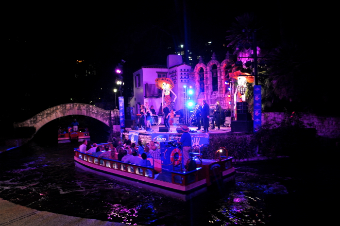 Bands perform at the Arneson Theatre in La Villita during Dia de los Muertos. Photo by Iris Dimmick.