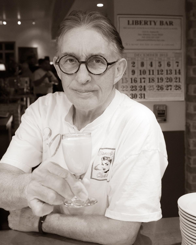 Dwight Howard, restauranteur. Photo by Al Rendon.