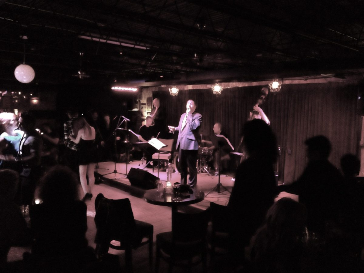Johnny P and the Wiseguys play to a full house at Luna jazz club on San Pedro Avenue in January 2014. Photo by Adam Tutor.