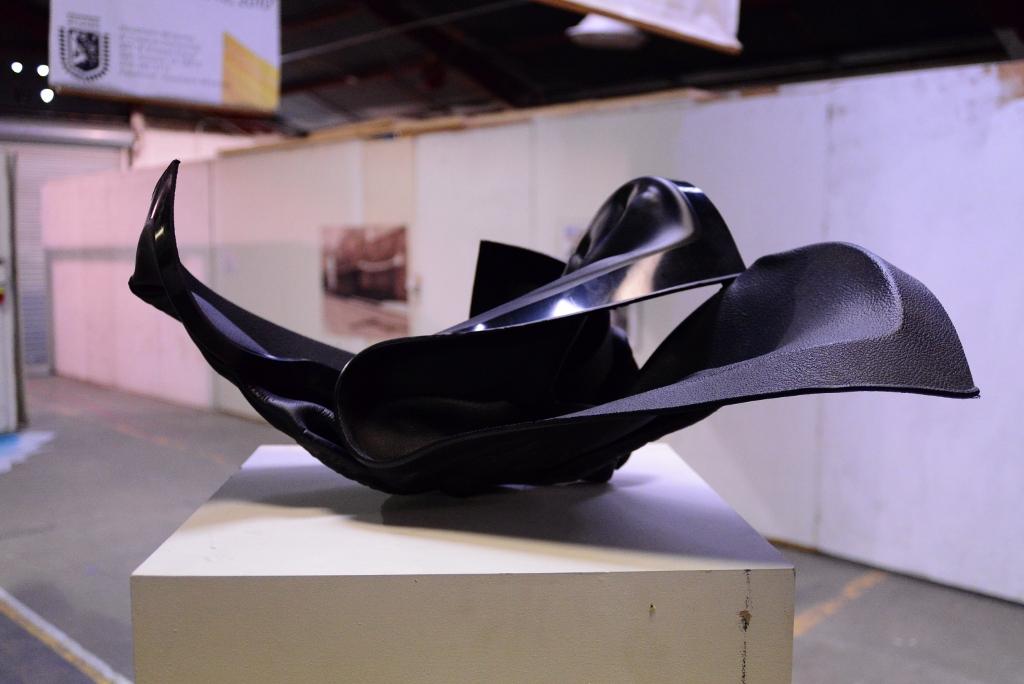 Sculpture by Mark Gelatt. Photo by Page Graham.