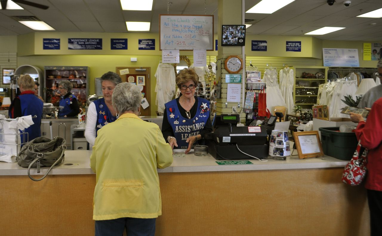 Patrons and volunteers as the Assistance League's Thrift House. Photo by Iris Dimmick.