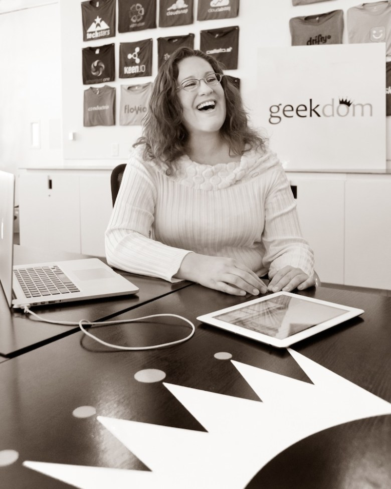 Technologist Cynthia Phelps. Photo by Al Rendon.