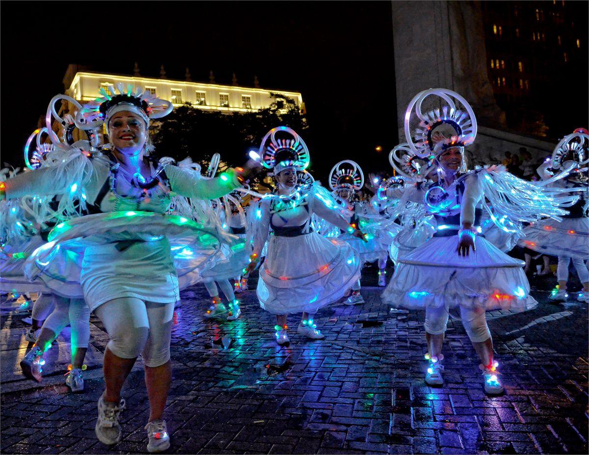 The Fiesta Flambeau Parade. Photo courtesy FIESTA® SAN ANTONIO COMMISSION/©JONATHAN ALONZO PHOTOGRAPHY
