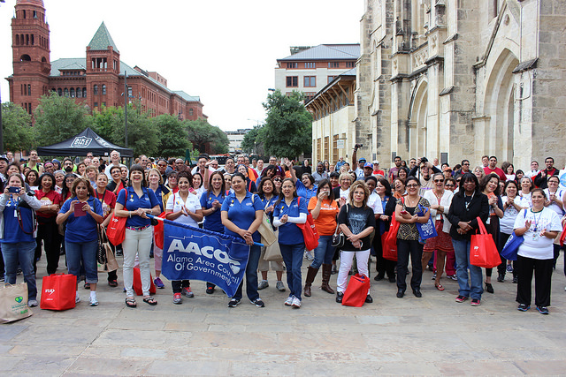 San Antonians gather in Main Plaza for the 2014 MPO Walk & Roll Rally May 2, 2014. Photo by David CohenMiller.