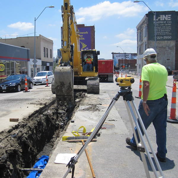 Kansas City streetcar line construction underway downtown. Photo courtesy of Alex Miller, Parson and Associates.