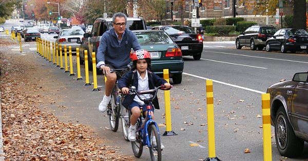Separated bike lane in Washington D.C. Photo courtesy of PeopleForBikes.