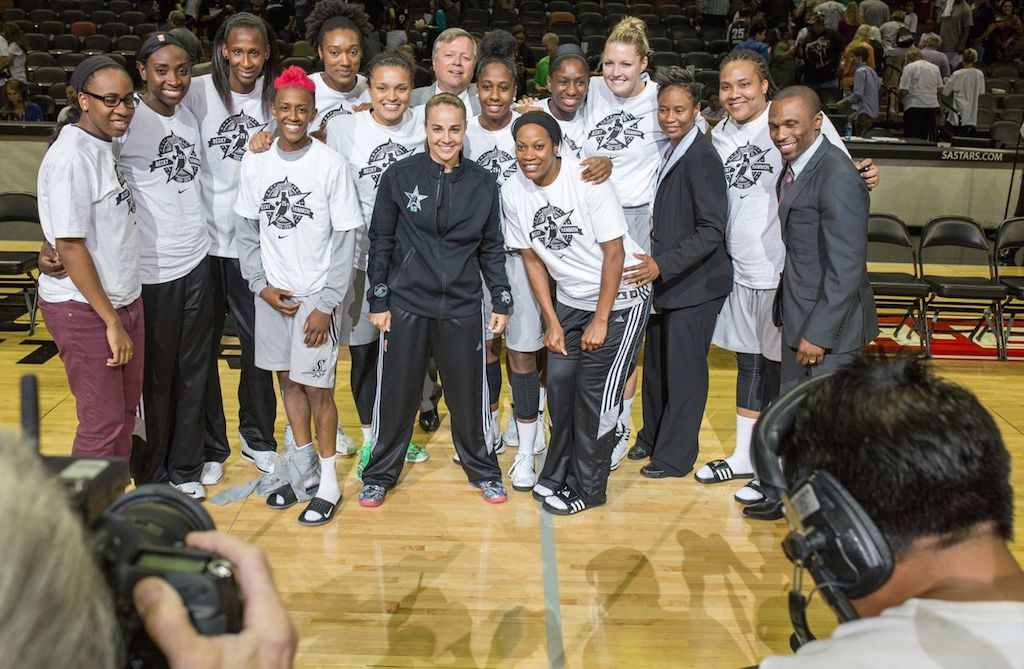 Becky Hammon poses for one of her last team photos with the San Antonio Stars. Photo by Scott Ball.
