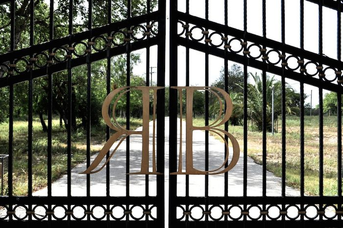 Entrance to the Red Berry Estate. Photo by Iris Dimmick.