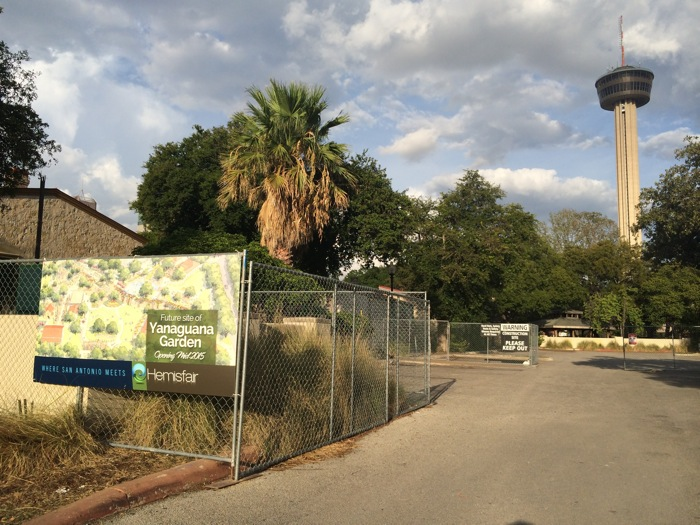 A view of the construction site at Yanaguana Garden from South Alamo Street. Photo by Katherine Nickas.