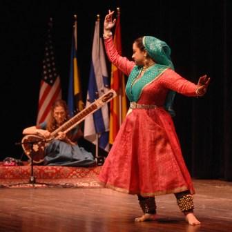 "Musical Bridges ""Indian Fusion"" concert featuring Kathak dancer Urmi Samadar and Amie Maciszewski on sitar. Photo by Ken Mahnke."