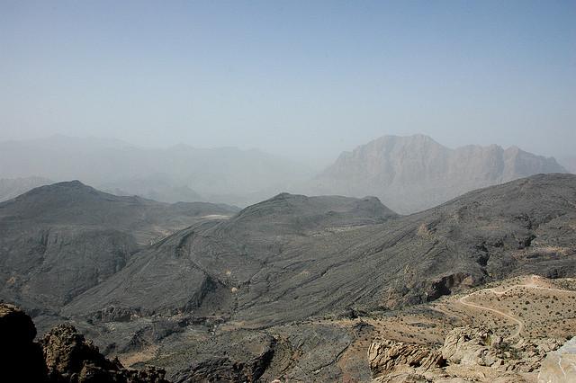 The Hajar Mountains. Credit Flickr user Peter Pawlowski. https://www.flickr.com/photos/pawlowski/685946039/in/photolist-23BDRR-o6BVKb-nPF46S-o58uuY-o7aNPg-o7aSGM-nPfSyK-o74Z4d-o8ucjT-nPfmaD-nPG2PZ-o8uQDH-o8WPXa-nPFsjp-o6SkHn-o58oKm-nPe4ny-o4G7QL-nPF4VY-nPehY3-o6Bs2q-9JBBv5-9JyPzr-eiu1Ru-9JBBxE-9JBBAo-23FaCY-dJY9ty-dJSFHX-ndjGYb-5CQ1Uw-23Bq28-23BzGi-5CPUMJ-5CKMbV-5CKDBF-5CKJZ4-5CPSGs-5CKqLk-5CPyJA-5CPAEy-5CKwcz-5CKrZg-5CKk28-5CPHGA-5CPwK3-5CKEqD-5CKnPF-5CKmt6-5CKtR2/