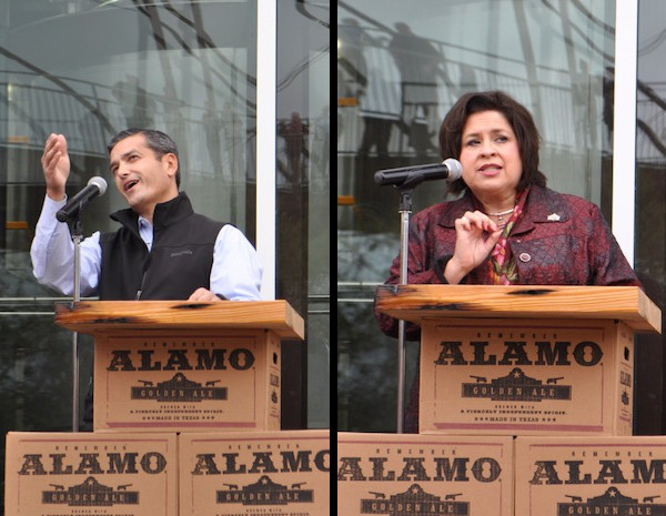 Mayoral candidates Mike Villarreal and Leticia Van de Putte spoke at the Alamo Beer Company brewery ribbon cutting ceremony. Photos by Iris Dimmick.