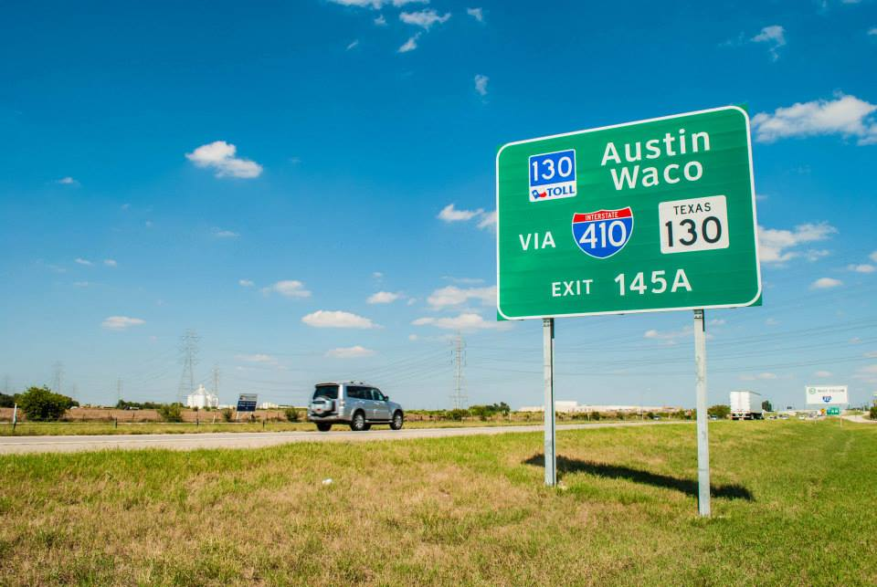 SH 130 signage. Photo courtesy of SH 130 Concession Company.