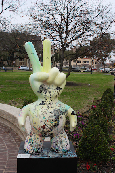 Sculpture in Travis Park designed by Gabi Fventes. Photo by Kay Richter.