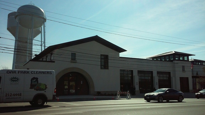 The new Alamo Heights municipal complex. Photo by Edmond Ortiz.