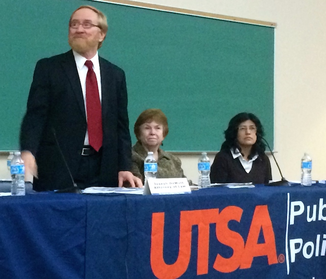 (From left) Immigration lawyer Joseph B. De Mott,  UTSA Professor of Sociology and Director of the UTSA Mexico Center Harriett Romo, and Board of Immigration member Rita Valdez were present for an immigration reform panel hosted by UTSA. Photo by Amanda Lozano.