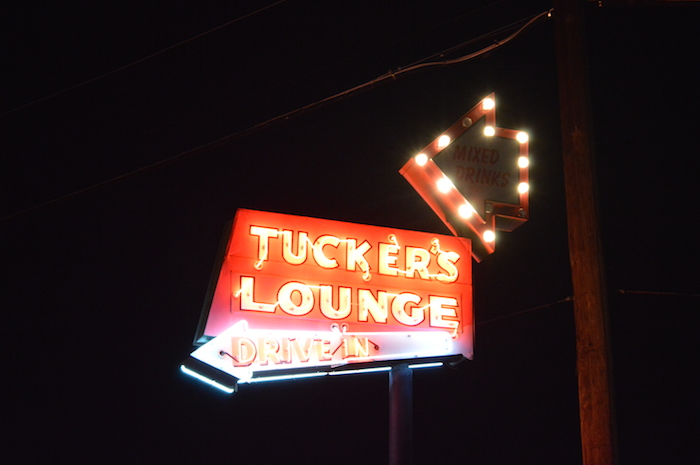 Another chilly night made warm at Tucker's. Photo by Angel Lopez.