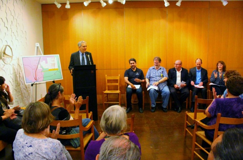 Congressman Lloyd Doggett addresses the audience. Photo by Page Graham.