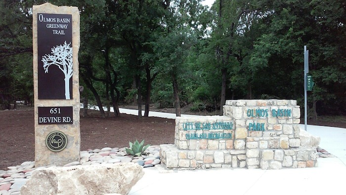 The U.S. 281/Basse Road entry point to the new Olmos Basin Park trail is clearly marked at Devine Road. Photo by Edmond Ortiz.