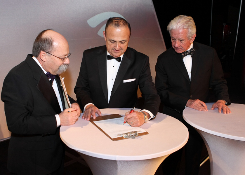 Al Aguilar, Lionel Sosa, and Ernest Bromley, at the Smithsonian announcement during the SAHCC Gala in January 2015. Courtesy Photo.