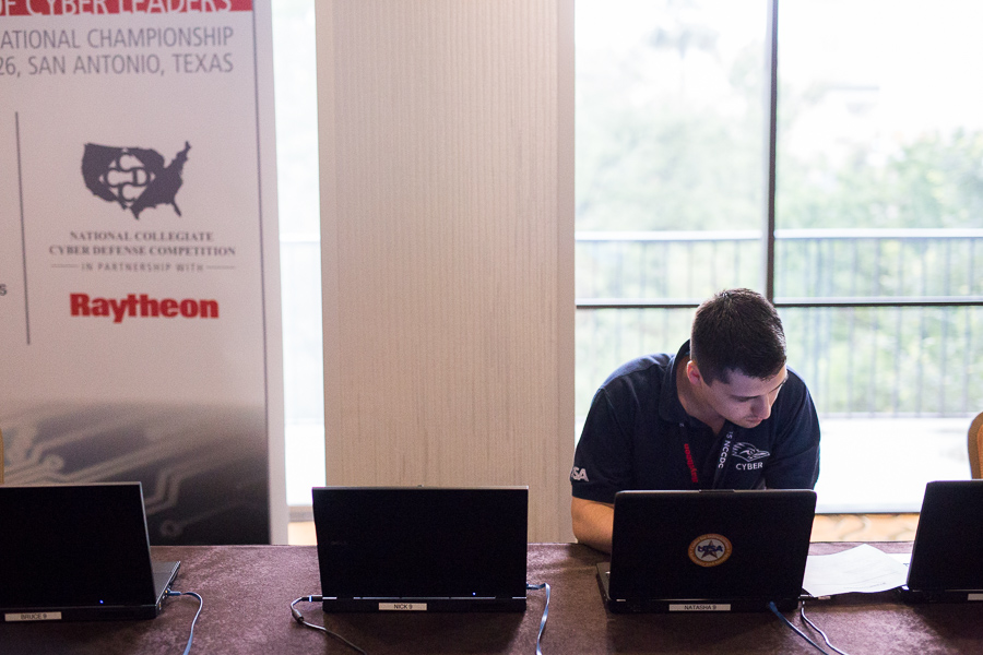 A UTSA student during the 2015 National Collegiate Cyber Defense Competition. Photo by Scott Ball.