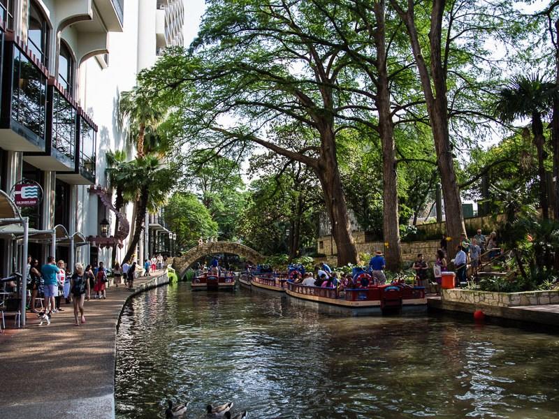 The San Antonio river located along the edge of The Hilton Palacio Del Rio. Photo by Jacqueline Fierro.