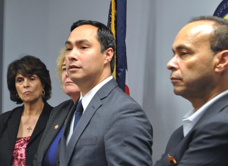 Representatives Lucille Roybal-Allard, Zoe Lofgren, Joaquín Castro, and Luis Gutiérrez address media after a tour of the Karnes County Residential Center. Photo by Iris Dimmick.