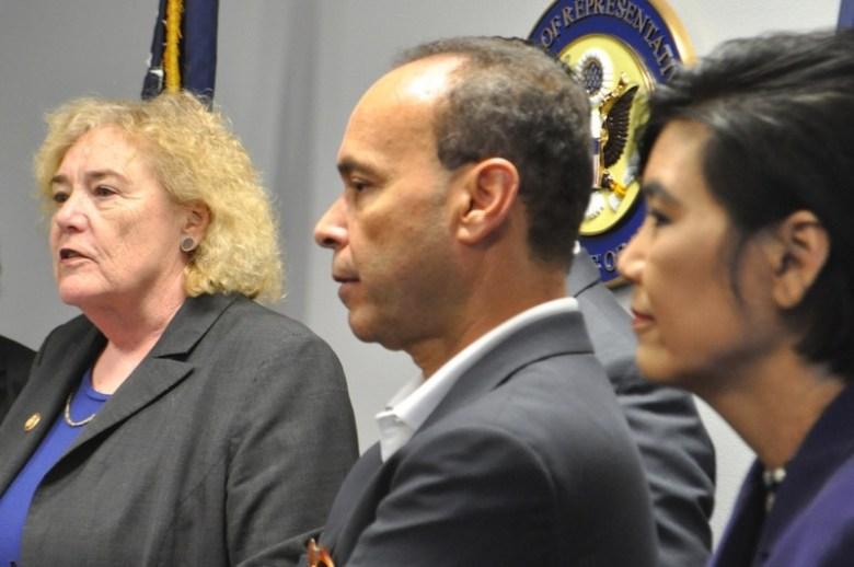 Representatives Zoe Lofgren talks to reporters with Luis Gutiérrez, and  Judy Chu. Photo by Iris Dimmick.