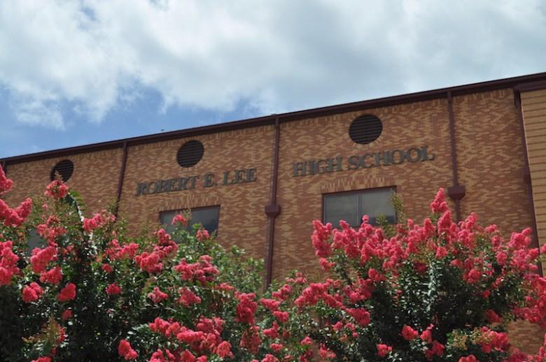 Robert E. Lee High School. Photo by Jaime Solis.