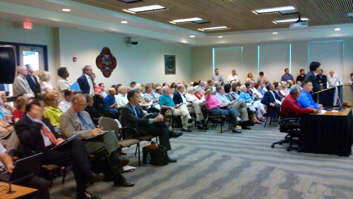 San Antonio Planning Commission hosted a standing room only crowd while discussing the Tobin tract plan on Wednesday. Photo by Edmond Ortiz.