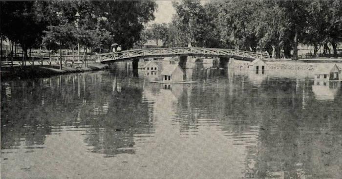 San Pedro Springs Lake in 1907. Historical photo.