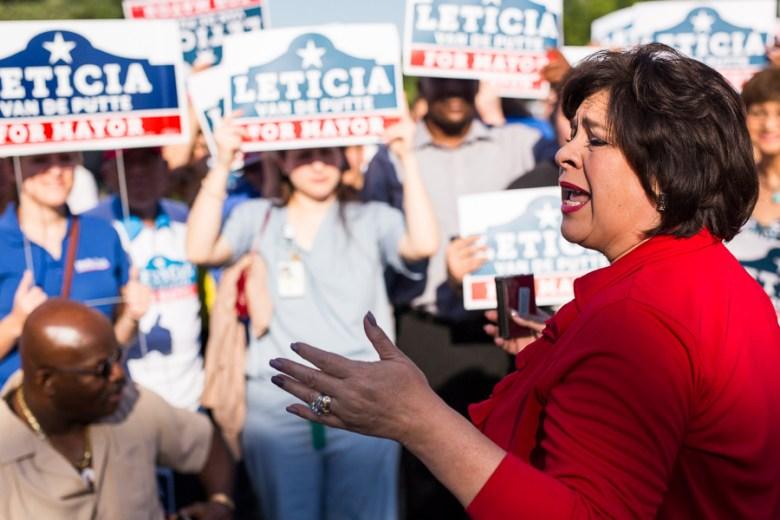 Leticia Van de Putte addresses the crowd. Photo by Scott Ball.