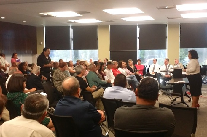Councilmember Rebecca Viagran (D3) calls on residents to have their say at the community meeting. Photo by Iris Dimmick.