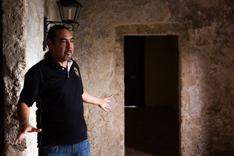 Ramón Vásquez gives a mock tour of the Missions. Photo by Scott Ball.