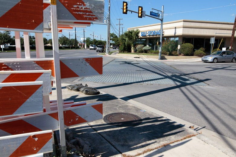 The intersection at North Alamo Street and Cunningham Avenue. Photo by Scott Ball.