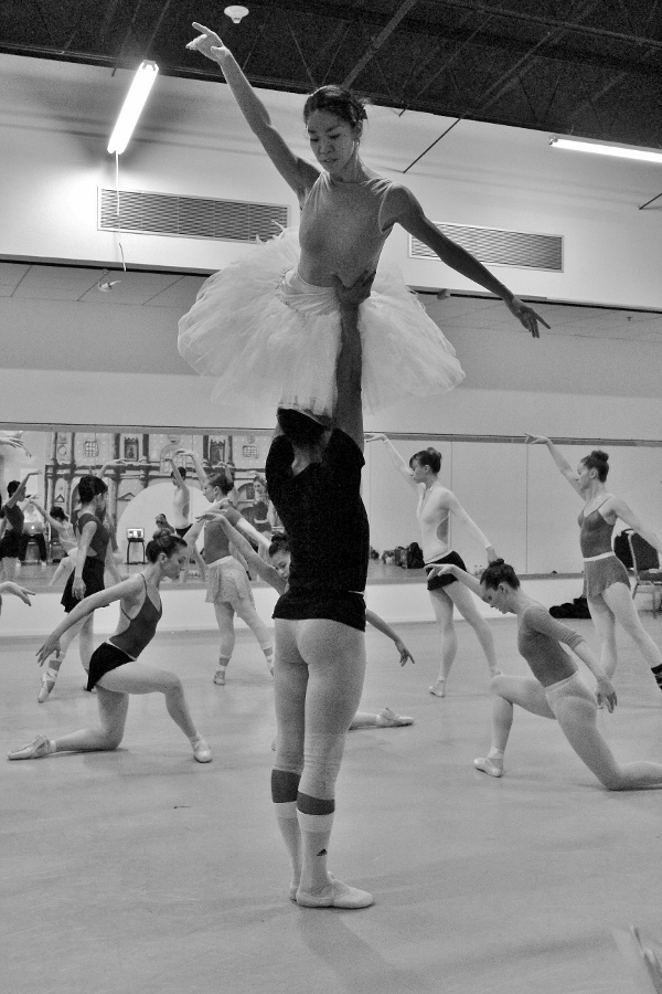 Ballet San Antonio rehearses Swan Lake. October 2, 2015. Photo by Tami Kegley.