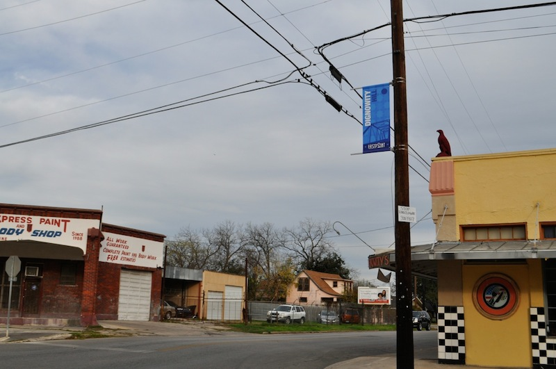 A Dignowity Hill EastPoint banner on the corner of Nolan and Pine streets. Photo by Iris Dimmick.