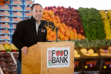 President and CEO of San Antonio Food Bank Eric Cooper gives remarks. Photo by Scott Ball.